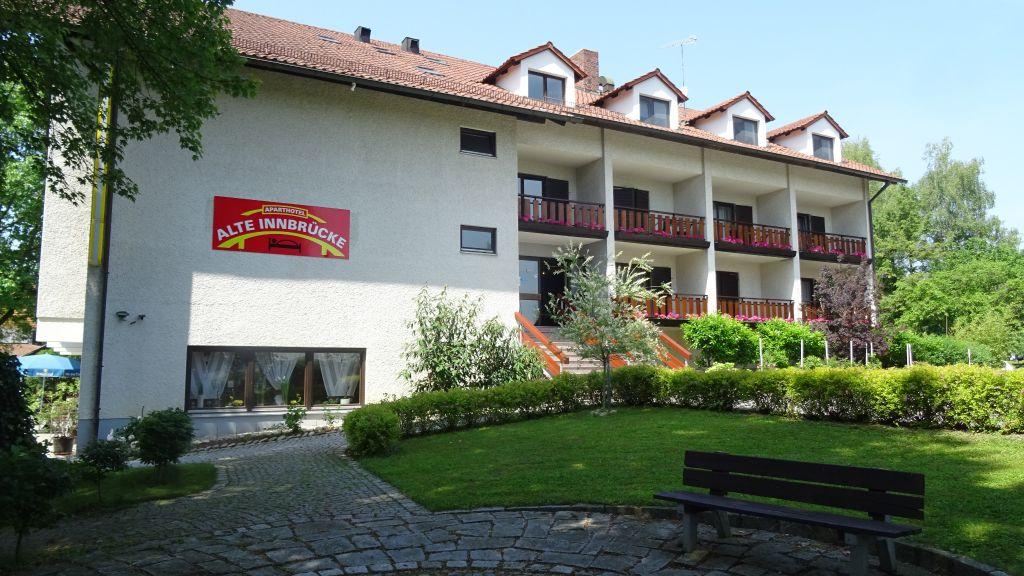 Alte Innbruecke Apparthotel Neuhaus am Inn Aussenansicht - Alte_Innbruecke_Apparthotel-Neuhaus_am_Inn-Aussenansicht-3-20837.jpg