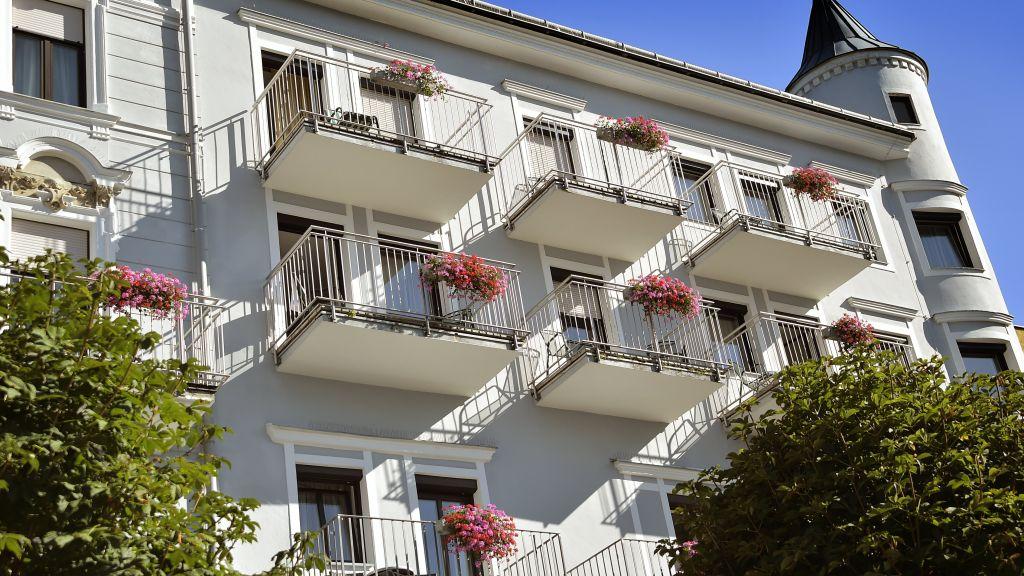 Seehotel Schwan Gmunden Aussenansicht - Seehotel_Schwan-Gmunden-Aussenansicht-4-21817.jpg