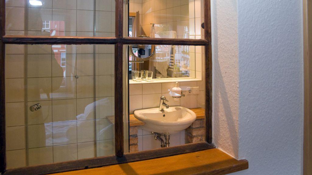 Gruener Baum und Altes Tor Bad Waldsee Double room superior - Gruener_Baum_und_Altes_Tor-Bad_Waldsee-Double_room_superior-2-22500.jpg