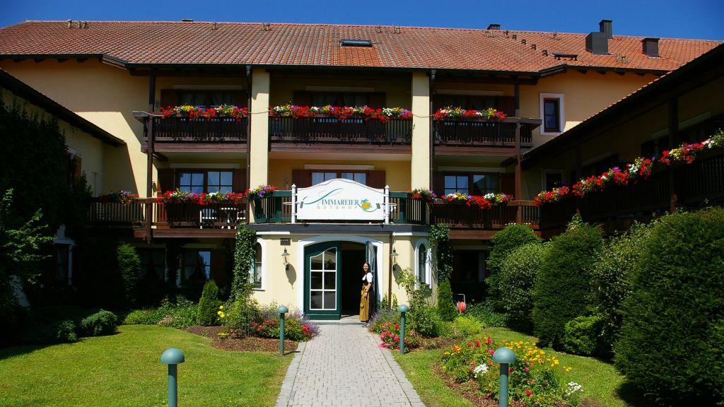 Sammareier Gutshof Bad Birnbach Aussenansicht - Sammareier_Gutshof-Bad_Birnbach-Aussenansicht-2-22829.jpg