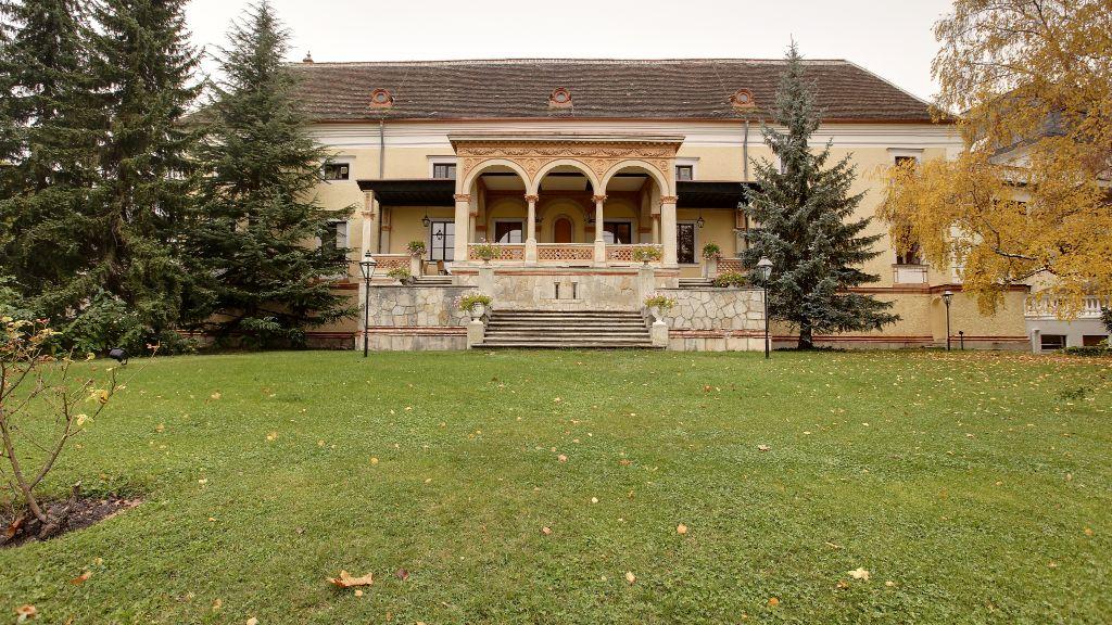 Schloss Weikersdorf Residenz Spa Baden Aussenansicht - Schloss_Weikersdorf_Residenz_Spa-Baden-Aussenansicht-7-25830.jpg