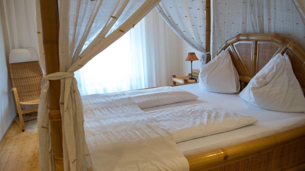 Lauriacum Enns Doppelzimmer Komfort - Lauriacum-Enns-Doppelzimmer_Komfort-4-25898.jpg