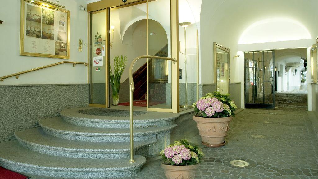 Austria Classic Hotel Wolfinger Linz Hotel outdoor area - Austria_Classic_Hotel_Wolfinger-Linz-Hotel_outdoor_area-3-25905.jpg