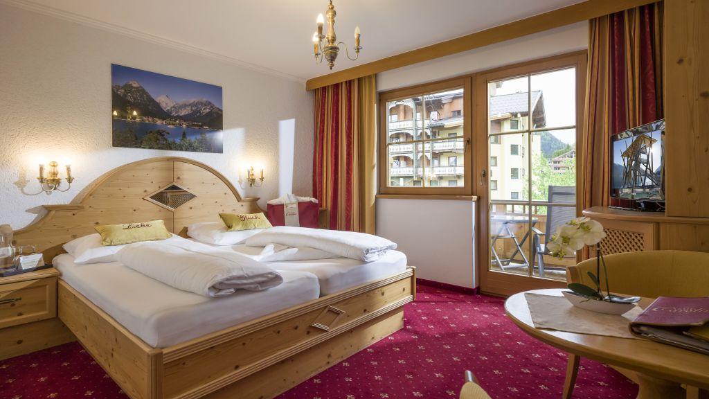 Hotel Liebes Caroline Pertisau Eben am Achensee Double room standard - Hotel_Liebes_Caroline-Pertisau_Eben_am_Achensee-Double_room_standard-26205.jpg