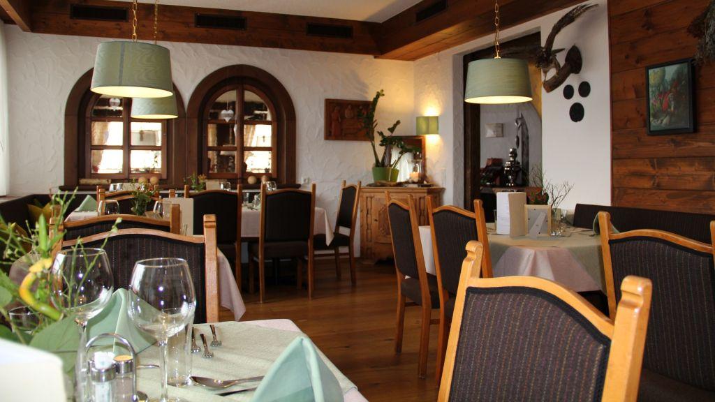 Taleu Naturhotel Buerserberg Restaurant Frhstcksraum - Taleu_Naturhotel-Buerserberg-Restaurant_Frhstcksraum-2-26292.jpg