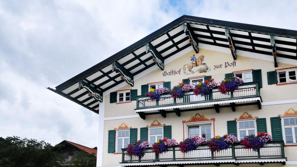Zur Post Gasthof Bad Wiessee Exterior view - Zur_Post_Gasthof-Bad_Wiessee-Exterior_view-5-26375.jpg