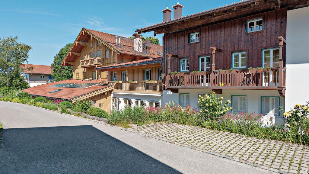 Karner Landgasthof Frasdorf Hotel outdoor area - Karner_Landgasthof-Frasdorf-Hotel_outdoor_area-3-27172.jpg