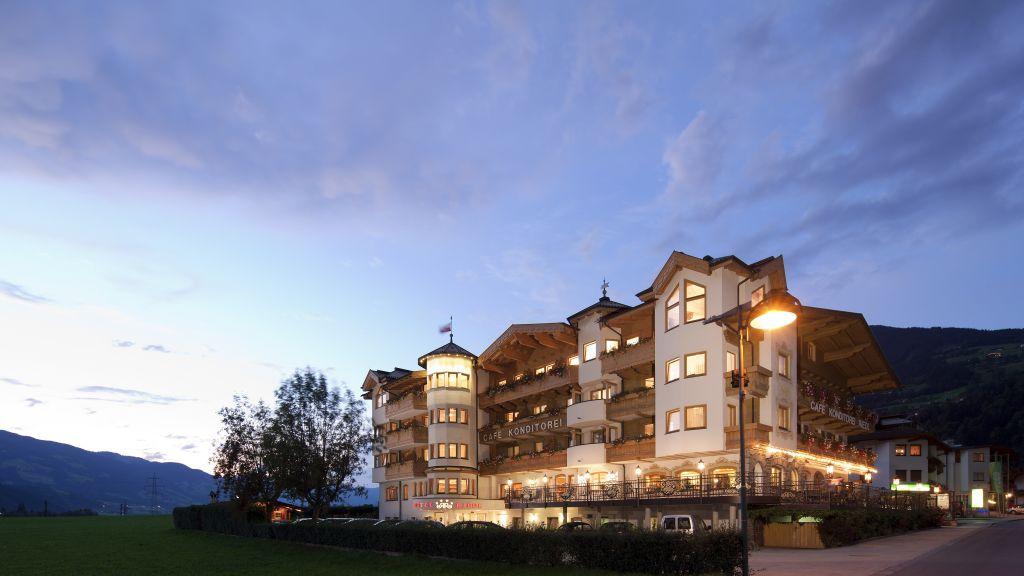 Hotel Riedl das Geniesserschloessl Stumm Aussenansicht - 4_Hotel_Riedl_das_Geniesserschloessl-Stumm-Aussenansicht-5-29499.jpg