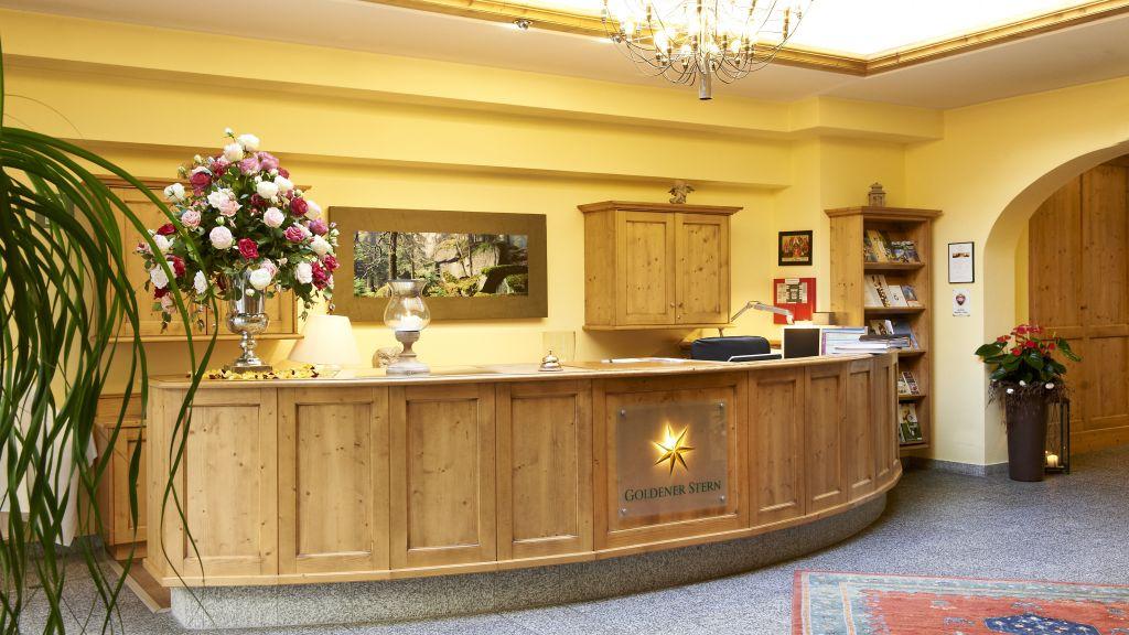 Goldener Stern Romantik Hotel Gmuend Reception - Goldener_Stern_Romantik_Hotel-Gmuend-Reception-35130.jpg