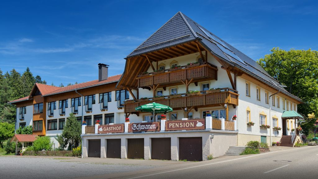 Zum Schwanen Schramberg Aussenansicht - Zum_Schwanen-Schramberg-Aussenansicht-4-37996.jpg