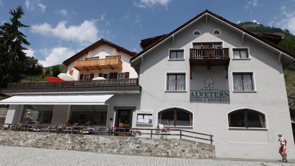 Schortas Hotel Alvetern Ardez Hotel outdoor area - Schortas_Hotel_Alvetern-Ardez-Hotel_outdoor_area-41179.jpg