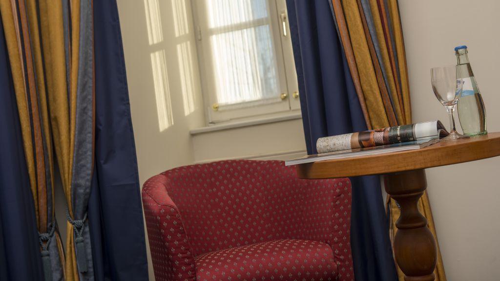 Radisson Blu Merseburg Suite - Radisson_Blu-Merseburg-Suite-4-44431.jpg