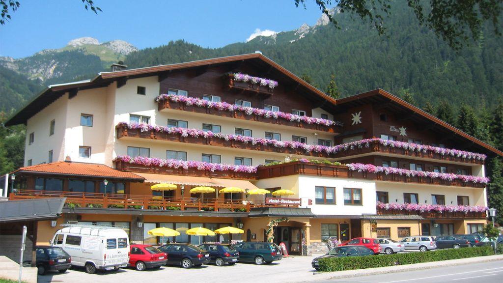Alpenhotel Edelweiss Eben am Achensee Maurach Aussenansicht - Alpenhotel_Edelweiss-Eben_am_Achensee-Maurach-Aussenansicht-2-50204.jpg