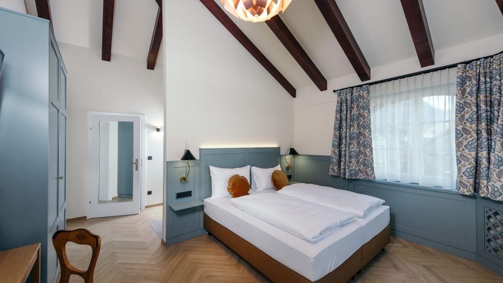 Goldener Ochs Bad Ischl Junior Suite - Goldener_Ochs-Bad_Ischl-Junior-Suite-1-52299.jpg