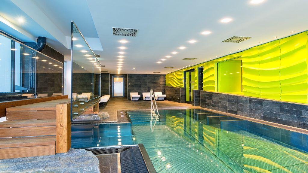 Design#5001797: Alpinresort sport & spa, saalbach-hinterglemm - four star hotel .... 15 Sport Schwimmbad Designs