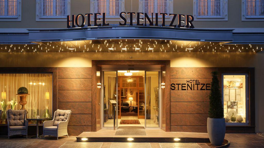 Hotel Stenitzer Bad Gleichenberg Hotel outdoor area - Hotel_Stenitzer-Bad_Gleichenberg-Hotel_outdoor_area-3-52644.jpg