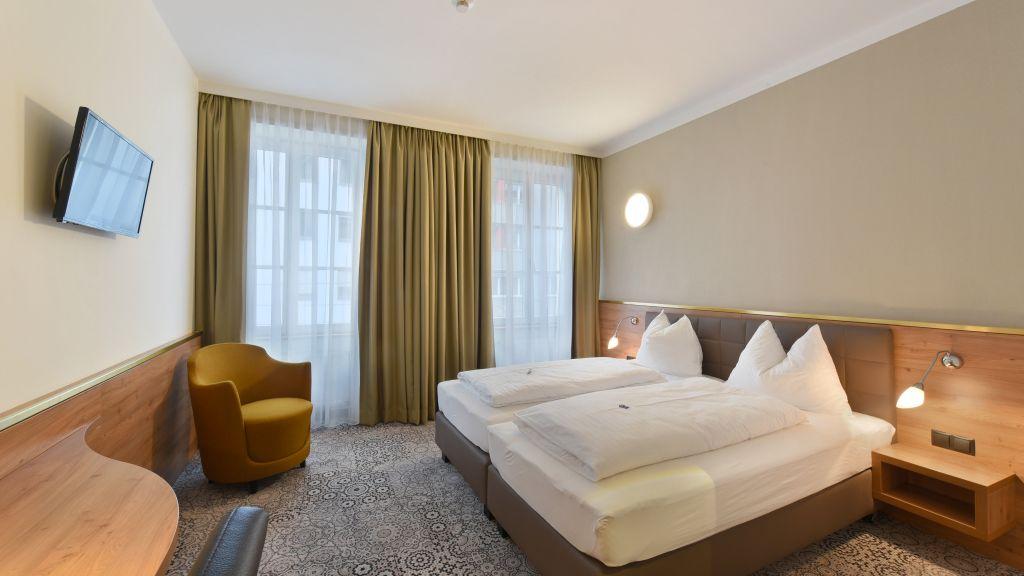 Hotel Zach Innsbruck Double room standard - Hotel_Zach-Innsbruck-Double_room_standard-2-62206.jpg