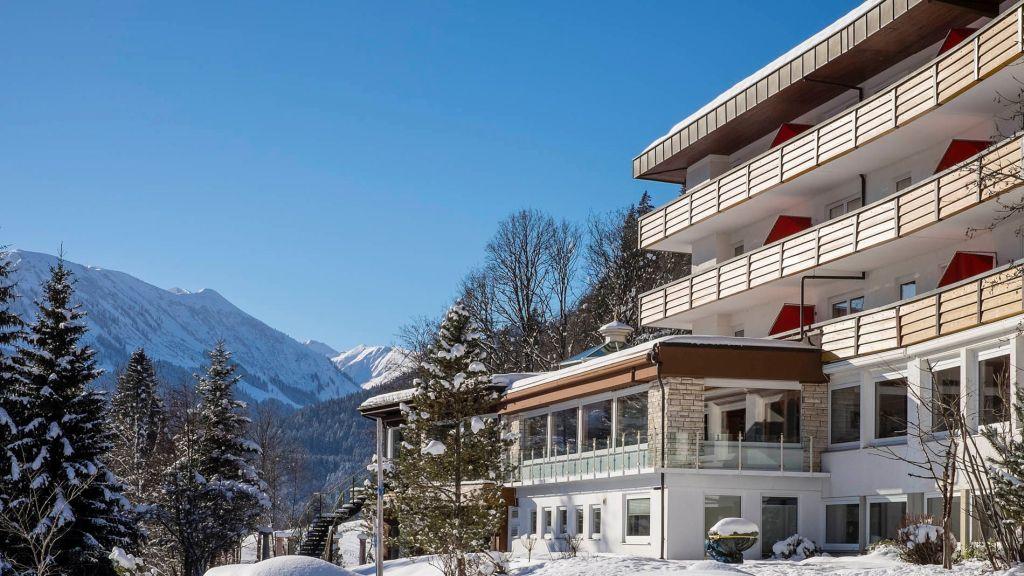 Alpenhotel Oberstdorf Oberstdorf Hotel outdoor area - Alpenhotel_Oberstdorf-Oberstdorf-Hotel_outdoor_area-1-69140.jpg