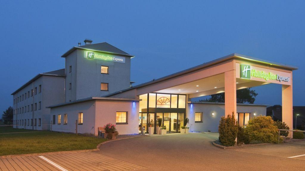 Holiday Inn Express LUZERN NEUENKIRCH Rothenburg Exterior view - Holiday_Inn_Express_LUZERN_-_NEUENKIRCH-Rothenburg-Exterior_view-2-69904.jpg