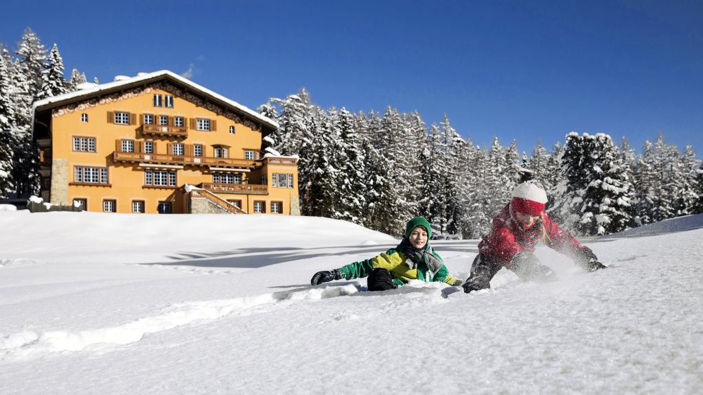Chesa Spuondas Sankt Moritz Hotel outdoor area - Chesa_Spuondas-Sankt_Moritz-Hotel_outdoor_area-2-70475.jpg