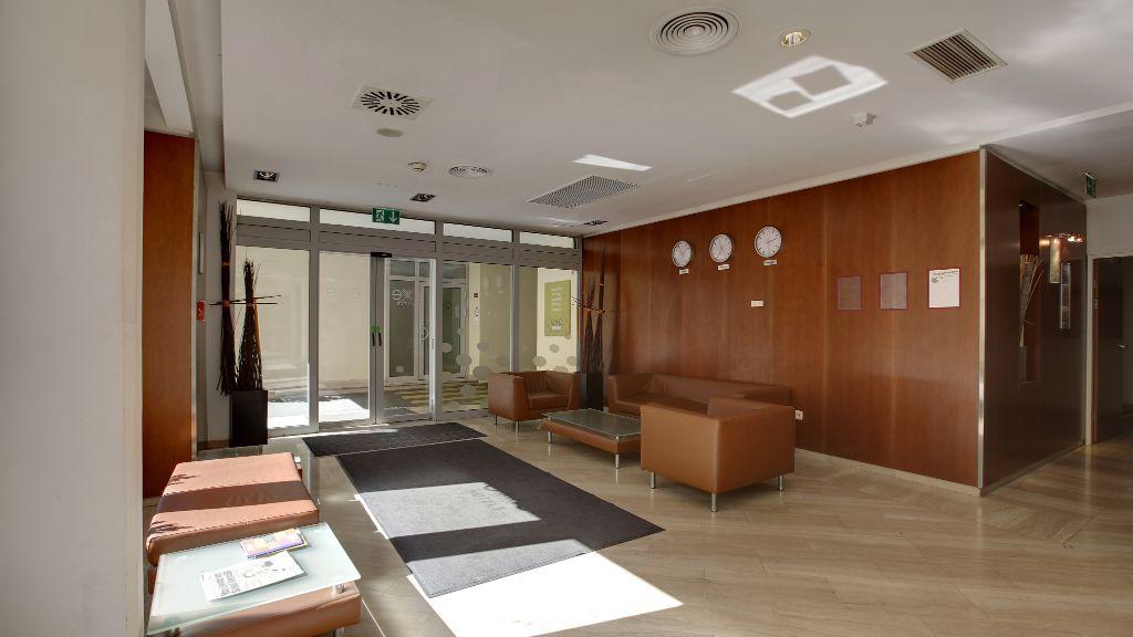 Hotel Exe Vienna Wien Hotelhalle - Hotel_Exe_Vienna-Wien-Hotelhalle-5-71070.jpg