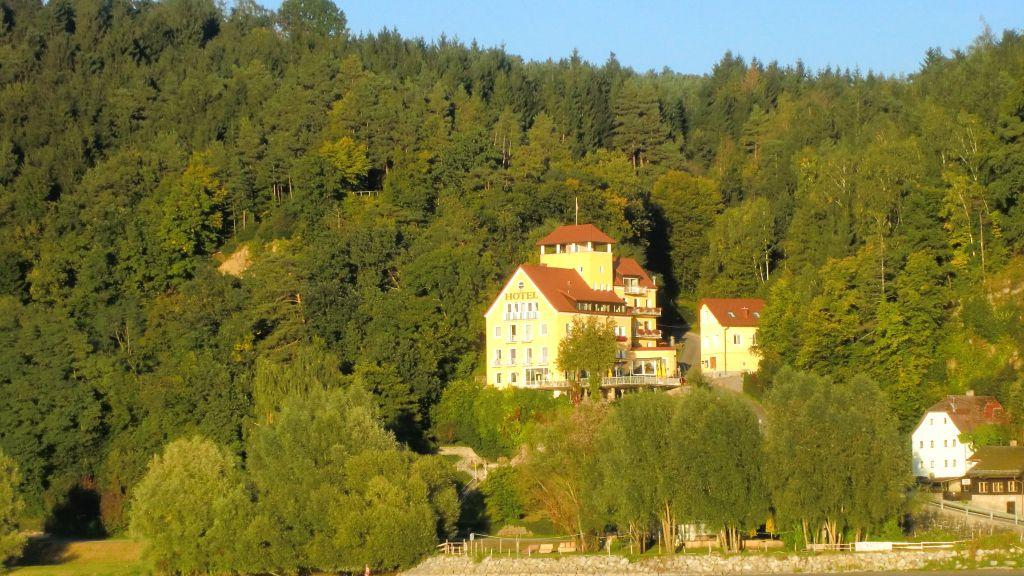 Hotel Faustschloessl Feldkirchen an der Donau Aussenansicht - Hotel_Faustschloessl-Feldkirchen_an_der_Donau-Aussenansicht-4-75021.jpg