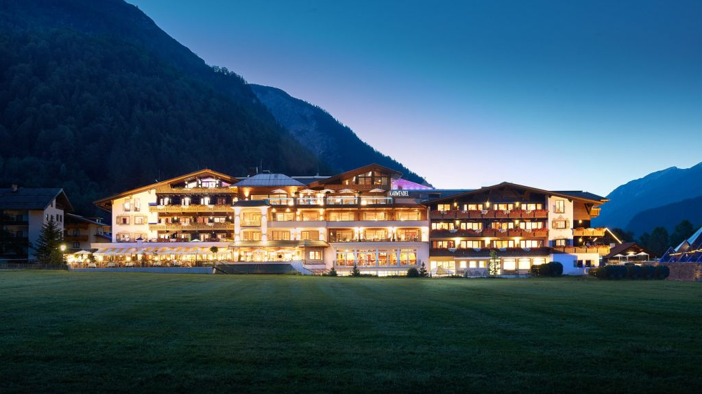 Alpine Wellnesshotel Karwendel Eben am Achensee Pertisau Aussenansicht - Alpine_Wellnesshotel_Karwendel-Eben_am_Achensee-Pertisau-Aussenansicht-1-79483.jpg