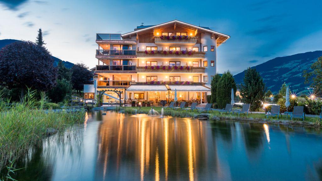 Sport und Wellness Hotel Held s Fuegen Exterior view - Sport_und_Wellness_Hotel_Held_s-Fuegen-Exterior_view-2-79485.jpg