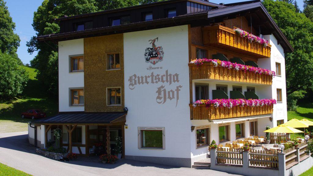 Burtschahof Buerserberg Aussenansicht - Burtschahof-Buerserberg-Aussenansicht-5-81002.jpg