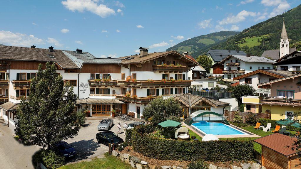 Scharlers Boutique Hotel Uttendorf Hotel outdoor area - Scharlers_Boutique_Hotel-Uttendorf-Hotel_outdoor_area-86135.jpg