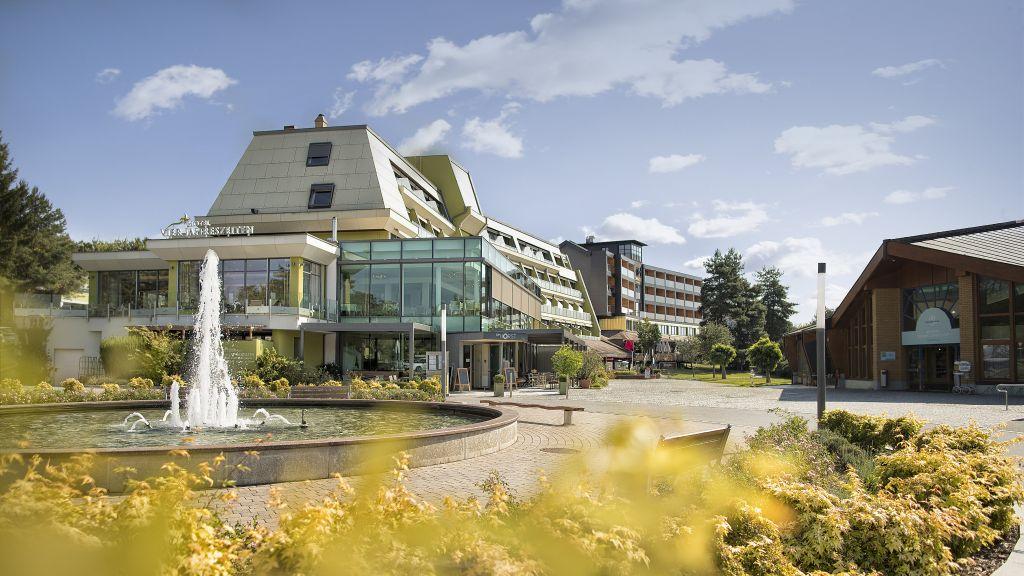 Hotel Vier Jahreszeiten Loipersdorf Loipersdorf bei Fuerstenfeld Aussenansicht - Hotel_Vier_Jahreszeiten_Loipersdorf-Loipersdorf_bei_Fuerstenfeld-Aussenansicht-1-91036.jpg