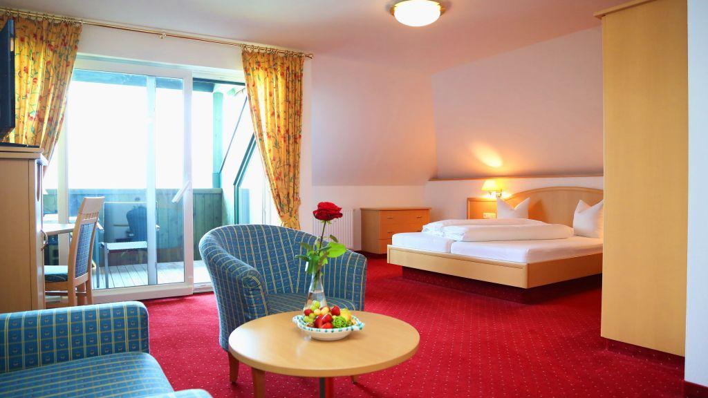 Seegasthof Hotel Hoisn Wirt Gmunden Zimmer mit Balkon - Seegasthof_Hotel_Hoisn_Wirt-Gmunden-Zimmer_mit_Balkon-2-91321.jpg