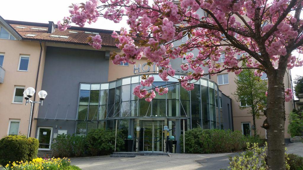 Ferienhotel Woerthersee Poertschach am Woerthersee Aussenansicht - Ferienhotel_Woerthersee-Poertschach_am_Woerthersee-Aussenansicht-91419.jpg