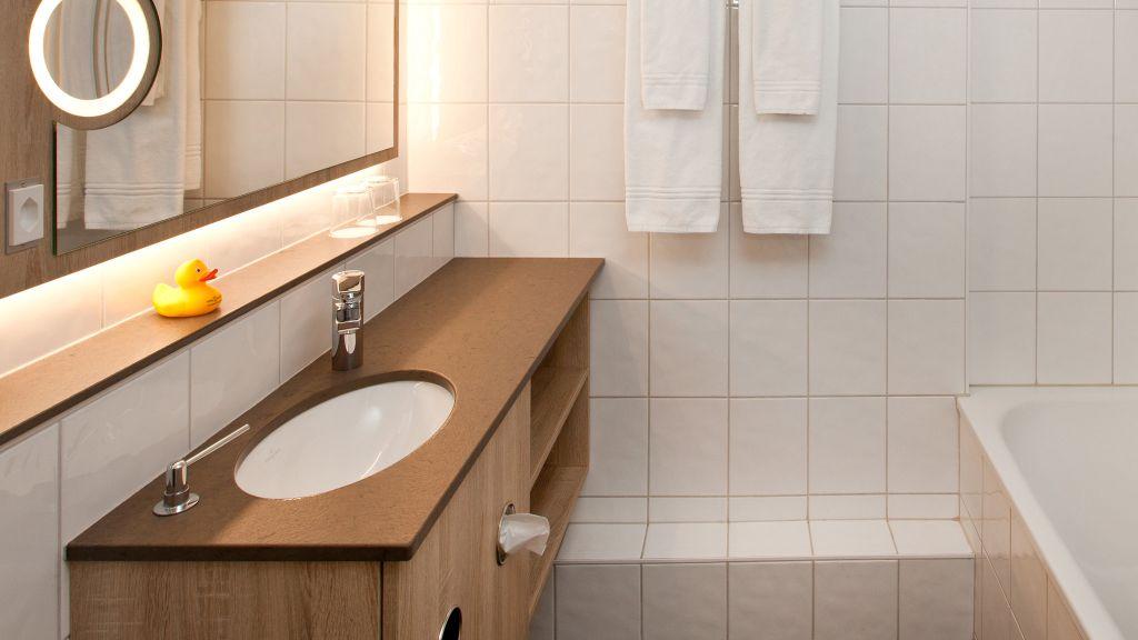 Spalentor Basel Bathroom - Spalentor-Basel-Bathroom-3-91542.jpg