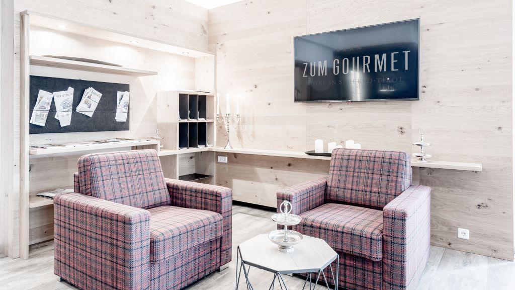 Hotel zum Gourmet Seefeld in Tirol Leseraum - Hotel_zum_Gourmet-Seefeld_in_Tirol-Leseraum-102385.jpg