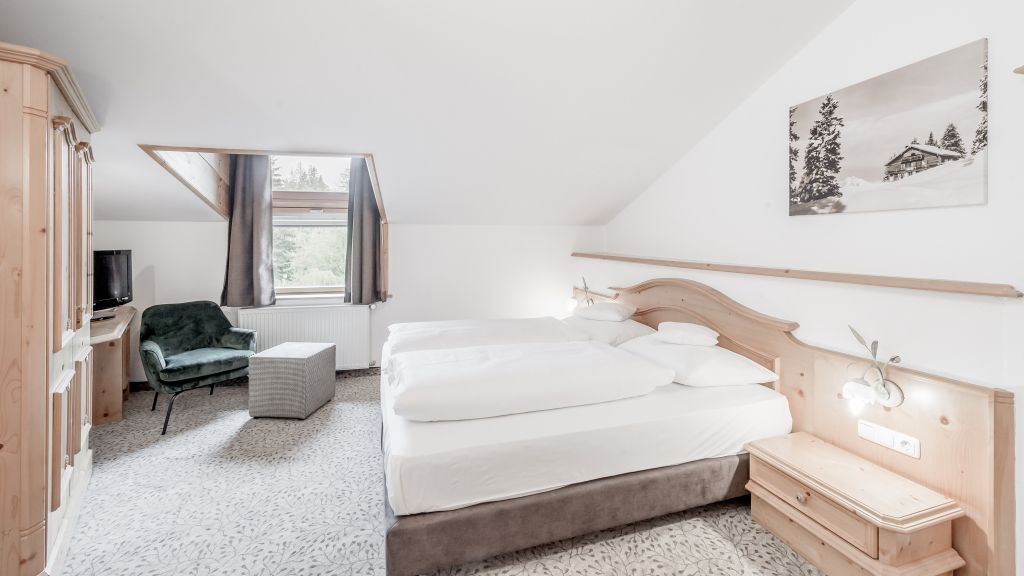 Hotel zum Gourmet Seefeld in Tirol Doppelzimmer Standard - Hotel_zum_Gourmet-Seefeld_in_Tirol-Doppelzimmer_Standard-3-102385.jpg