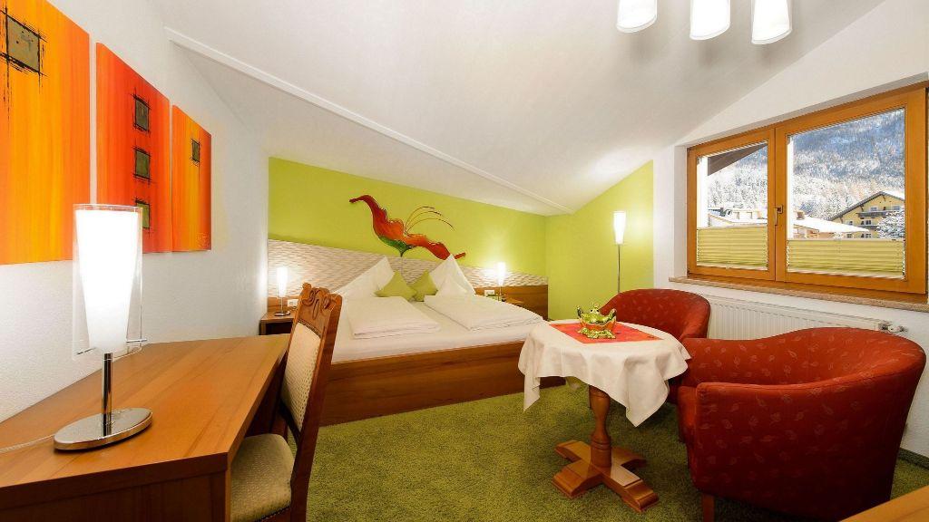 Aktivhotel Zum Gourmet Seefeld in Tirol Room - Aktivhotel_Zum_Gourmet-Seefeld_in_Tirol-Room-9-102385.jpg