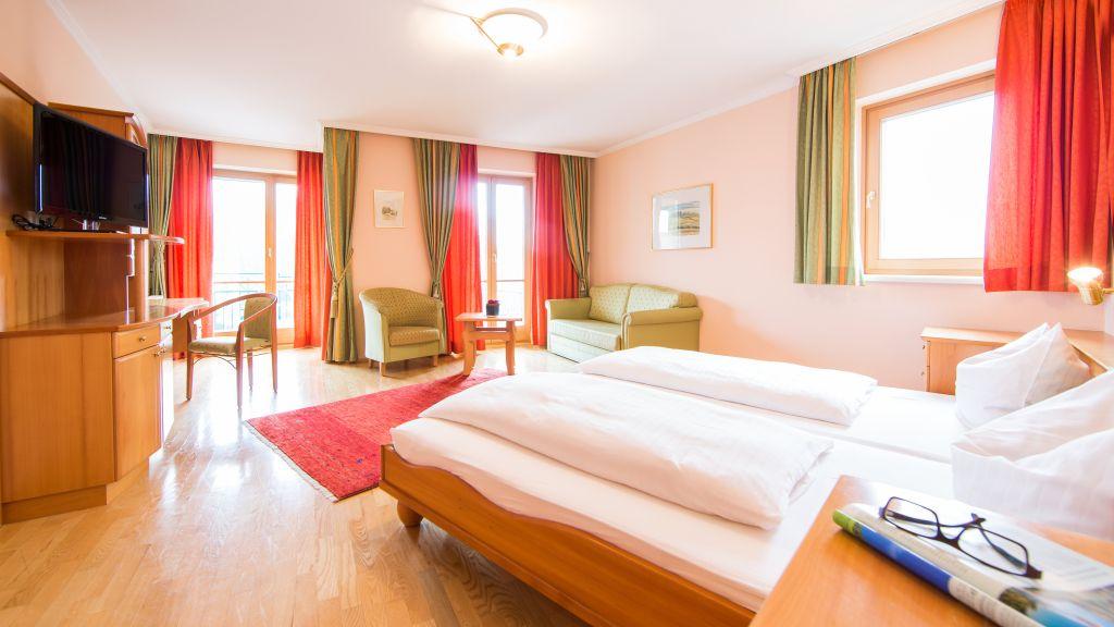 Alte Post Suedsteiermark Leibnitz Junior Suite - Alte_Post_Suedsteiermark-Leibnitz-Junior-Suite-103003.jpg