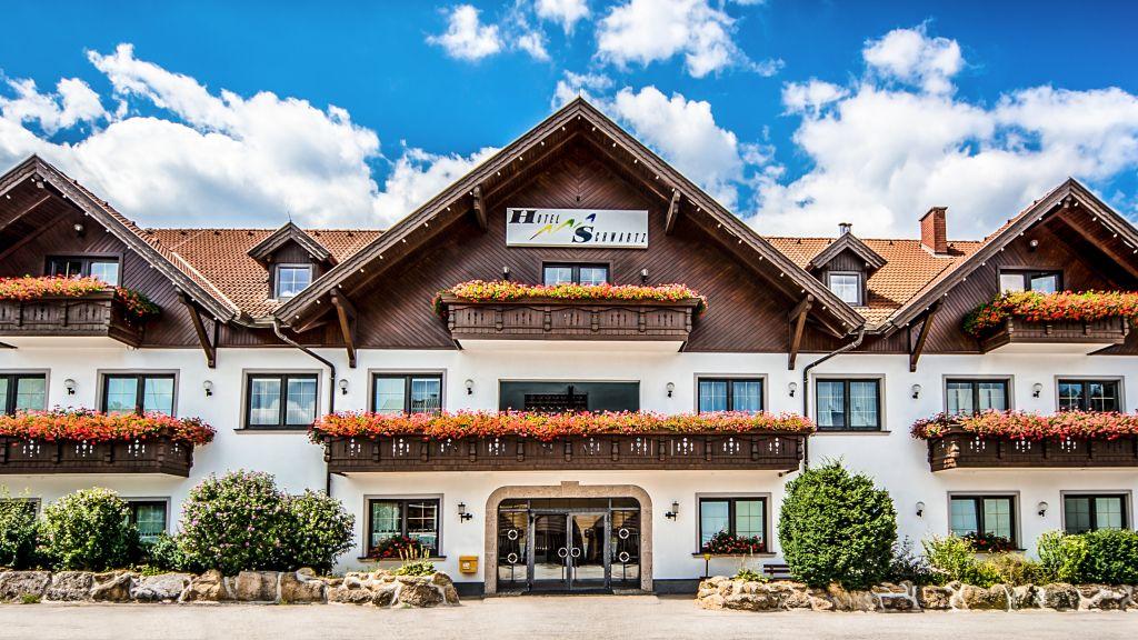 Schwartz Hotel Restaurant Breitenau Aussenansicht - Schwartz_Hotel_Restaurant-Breitenau-Aussenansicht-2-103348.jpg