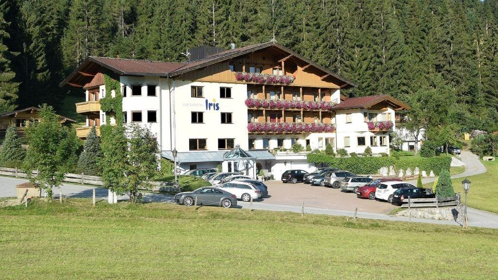 Ferienhotel Iris Wildschoenau Auffach Aussenansicht - Ferienhotel_Iris-Wildschoenau-Auffach-Aussenansicht-4-104148.jpg