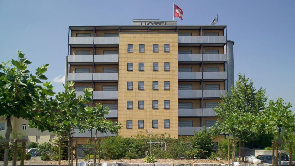 aarau WEST Swiss Quality Hotel Aarau Hotel outdoor area - aarau-WEST_Swiss_Quality_Hotel-Aarau-Hotel_outdoor_area-127320.jpg
