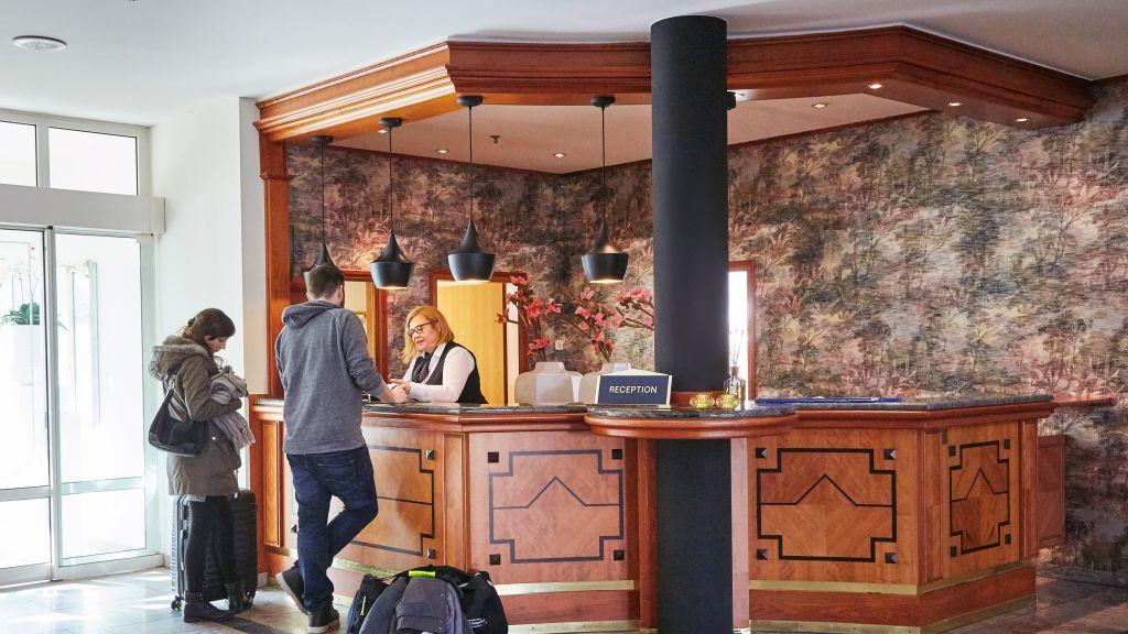 Van der Valk Schlosshotel Ballenstedt Ballenstedt Empfang - Van_der_Valk_Schlosshotel_Ballenstedt-Ballenstedt-Empfang-1-127452.jpg