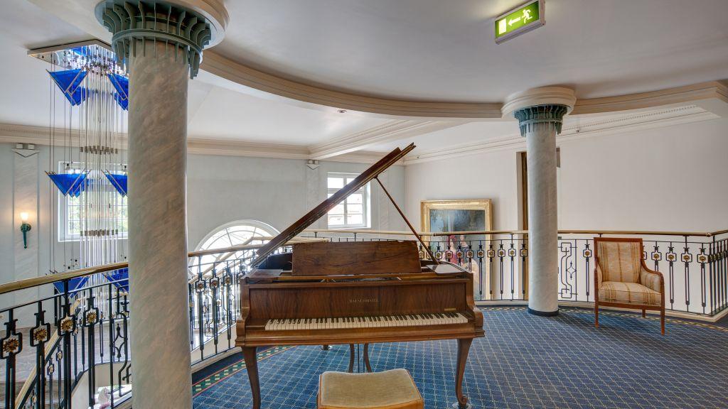 Van der Valk Schlosshotel Ballenstedt Ballenstedt Hotelhalle - Van_der_Valk_Schlosshotel_Ballenstedt-Ballenstedt-Hotelhalle-127452.jpg