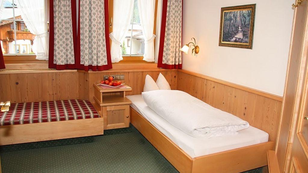 Hotel Jaeger Tux Einzelzimmer Standard - Hotel_Jaeger-Tux-Einzelzimmer_Standard-144068.jpg