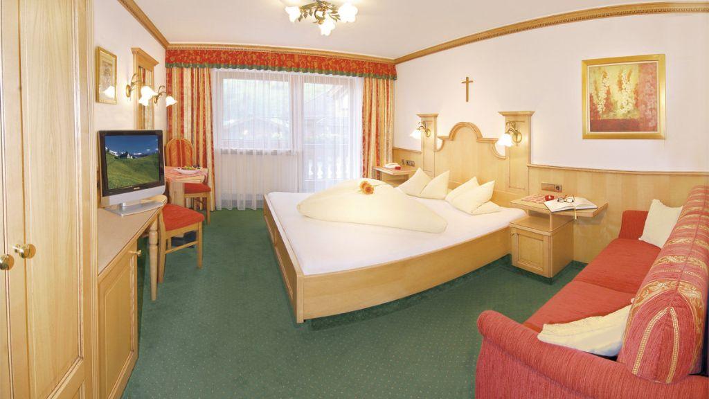 Hotel Jaeger Tux Doppelzimmer Standard - Hotel_Jaeger-Tux-Doppelzimmer_Standard-2-144068.jpg