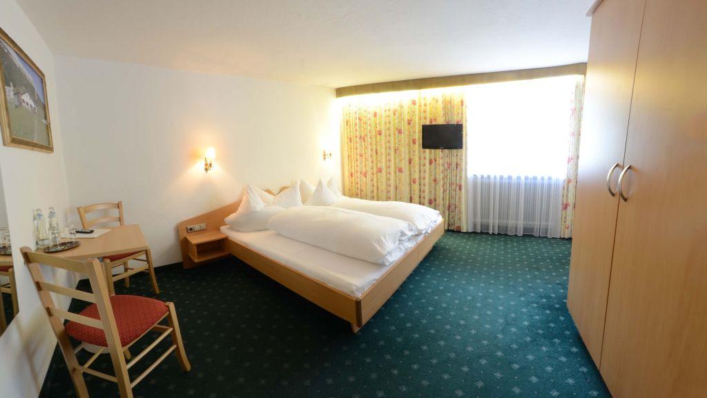 Risserhof Gasthof Scharnitz Doppelzimmer Komfort - Risserhof_Gasthof-Scharnitz-Doppelzimmer_Komfort-1-144089.jpg