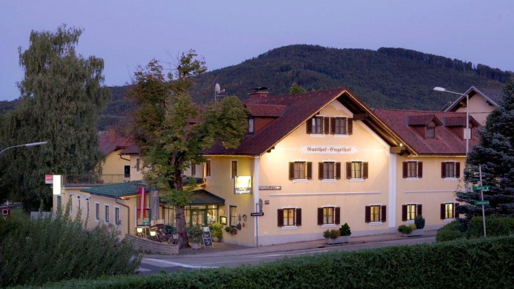 Gasthof Engelhof in Gmunden Gmunden Aussenansicht - Gasthof_Engelhof_in_Gmunden-Gmunden-Aussenansicht-1-151699.jpg