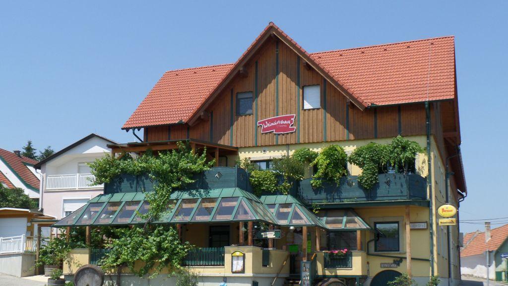 Weinwirtshaus Wlaschits Klingenbach Aussenansicht - Weinwirtshaus_Wlaschits-Klingenbach-Aussenansicht-6-153041.jpg