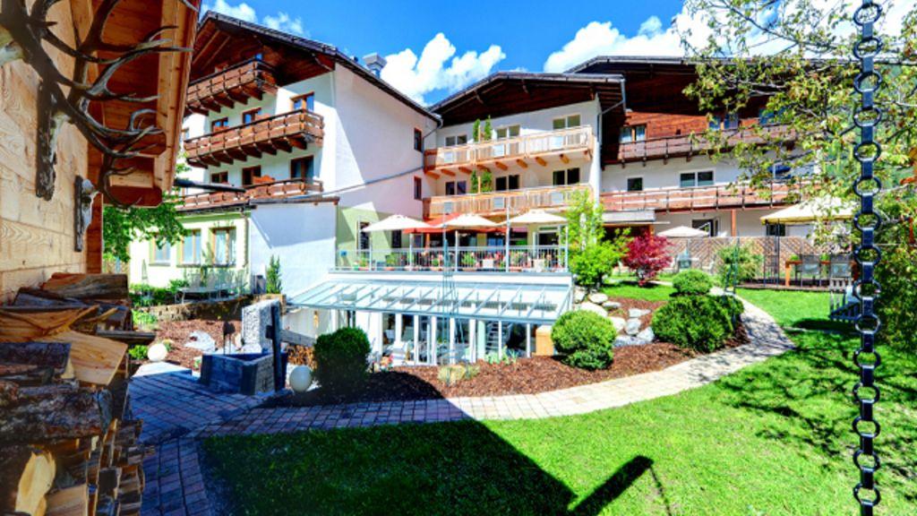 Hotel Riederhof Ried im Oberinntal Exterior view - Hotel_Riederhof-Ried_im_Oberinntal-Exterior_view-164717.jpg