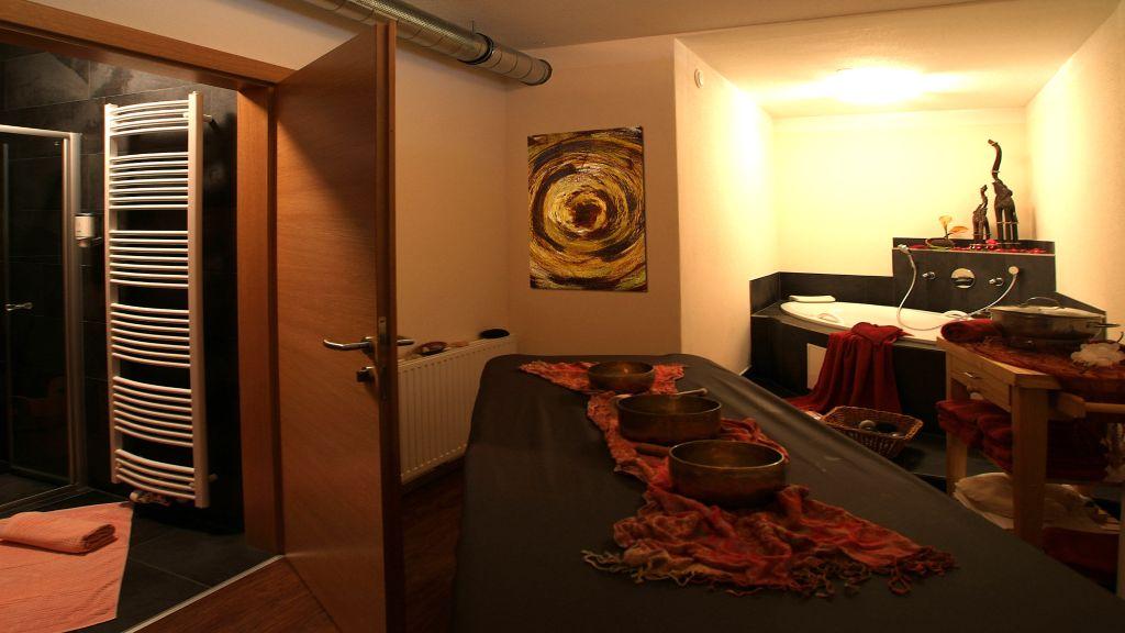 Hotel Riederhof Ried im Oberinntal Badezimmer - Hotel_Riederhof-Ried_im_Oberinntal-Badezimmer-2-164717.jpg